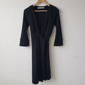 Diane vonFURSTENBEG wrap black long sleeve size 2